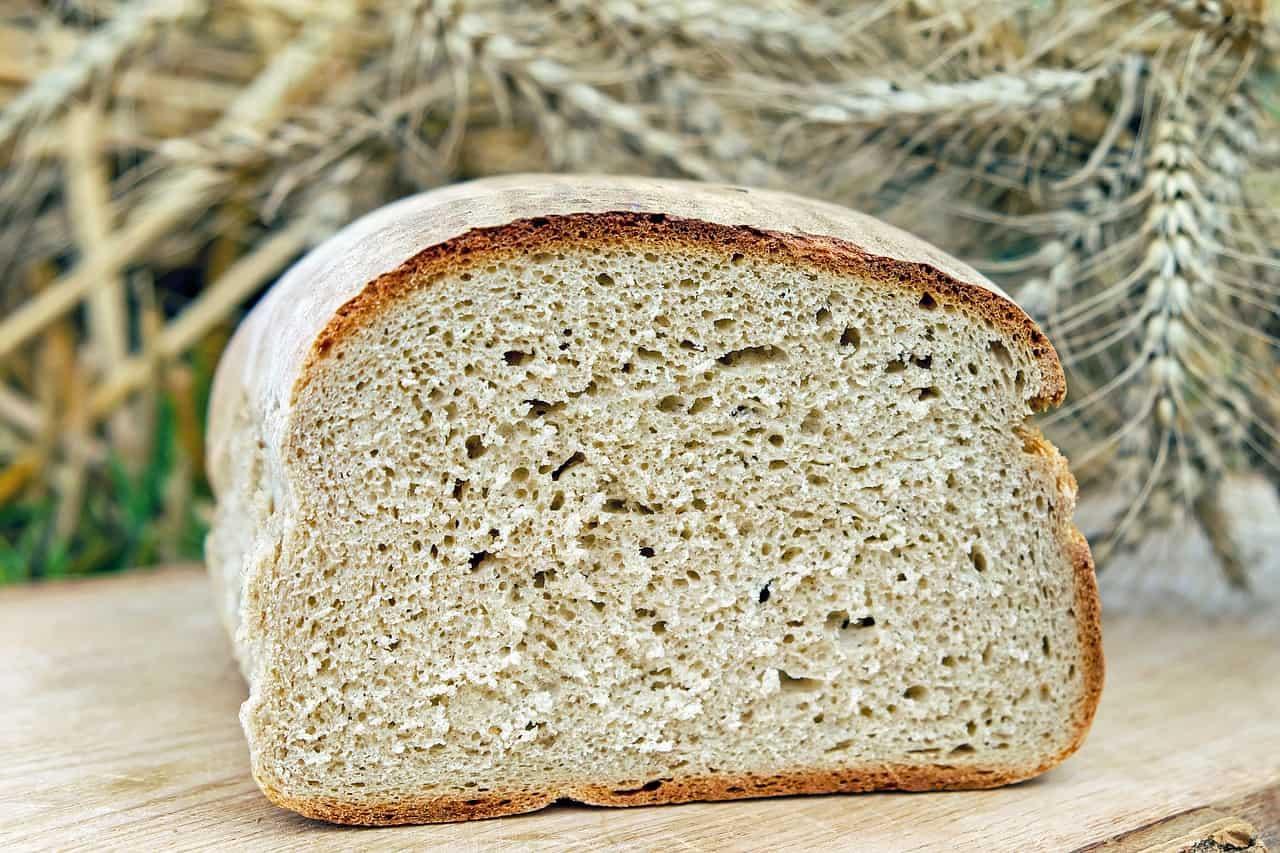 Jak zaoszczędzić ok. 500 zł rocznie na chlebie