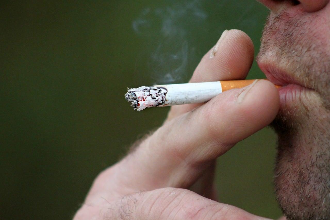 Jak zaoszczędzić na paleniu.